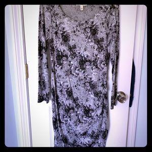 Jessica Simpson Maternity Dress. Size: large.